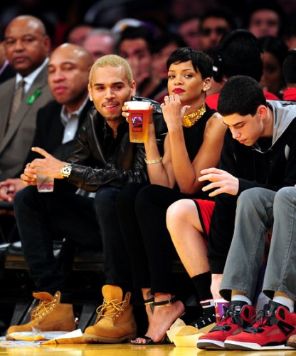 1356472350_rihanna-chris-brown-g.jpg