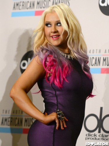 christina-aguilera-american-music-awards-nominations-2-435x580.jpg