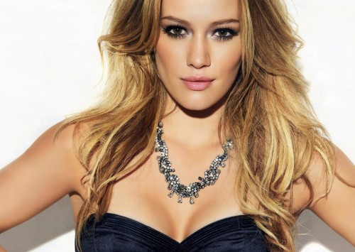 Hilary Duff, 2012, disco, album, cd, gravidanza, incinta, foto, sexy, video, youtube, vevo