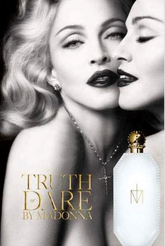 Madonna, Truth or Dare, profumo, fragranza, uscita, Give me all your luvin', Girl gone wild, M.D.N.A., poster, foto, 2012, uscita, vendita, Macy's, photoshp, ritocco
